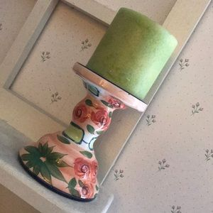 Pretty floral pattern candle stick